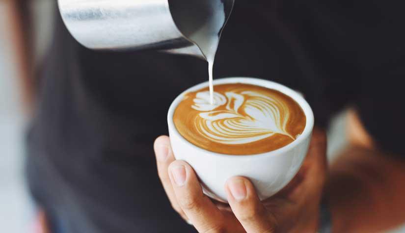 '커피 나오셨습니다.' 잘못된 문장 왜 쓰는가? - '현대 경어법의 변화 방향